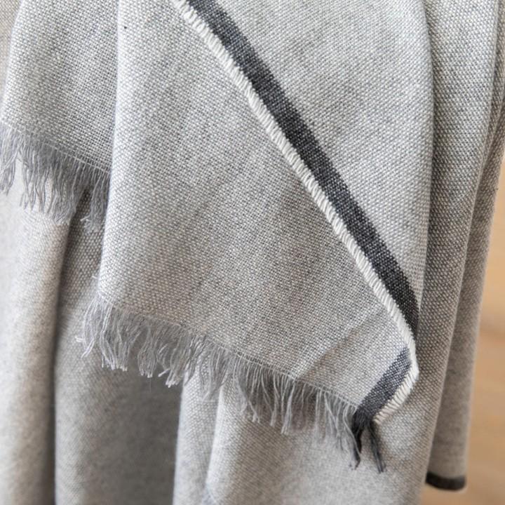 Cashmere Wool Throw Silver Salvatore