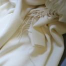 Bella - Elfenbeinfarbenes Plaid Aus Baby-Alpaca