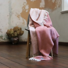 Canyon Rose Wool Throw Roberto