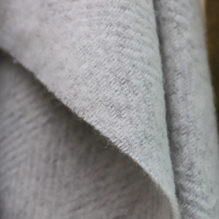 Silver Wool Throw Sergio
