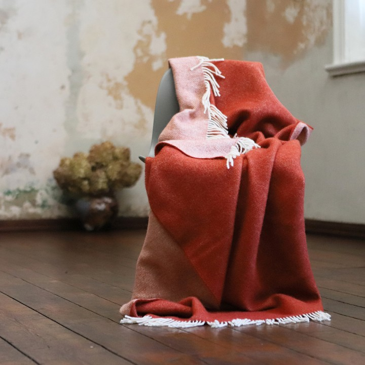 Rust Wool Throw Roberto