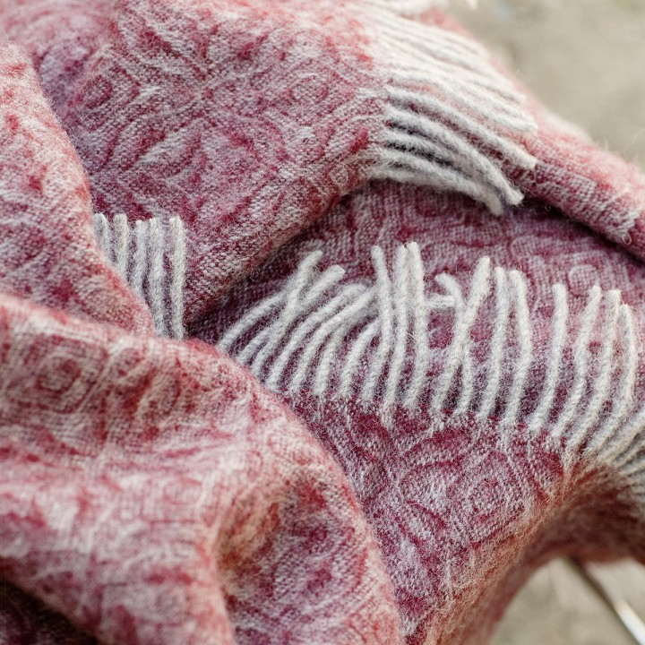Bordo 100% Pure New Wool Throw Ottavio